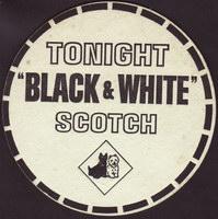 Pivní tácek a-black-&-white-1-oboje-small