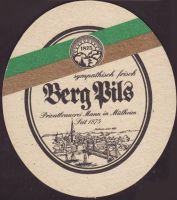 Bierdeckelberg-brauerei-h-mann-20-small