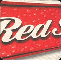 Pivní tácek red-stripe-4