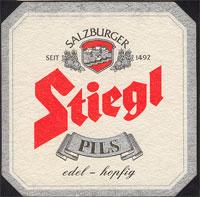 Pivní tácek stiegl-9